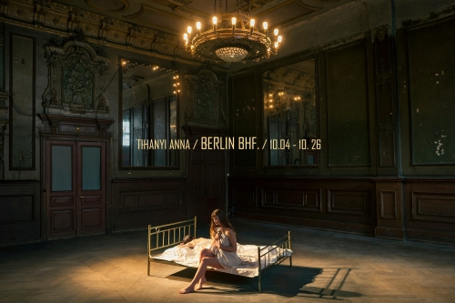 Tihanyi Anna: Berlin Bhf. kiállításmegnyitó és kiállítás
