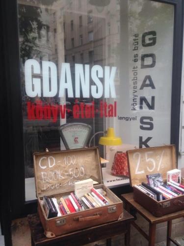 Lengyel könyv - és hanglemezvásár