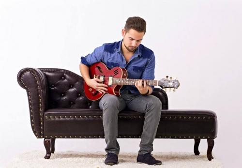Borbényi Dániel gitár estje