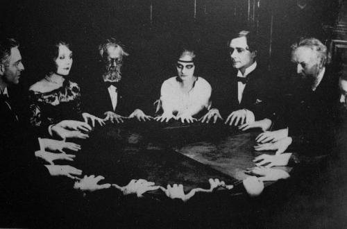 Pszichoanalízis és okkultizmus a Keletben