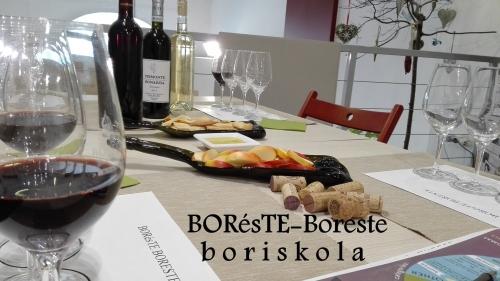 BORésTE – BorEste a Bor és Kézműves Műhely és Galériában