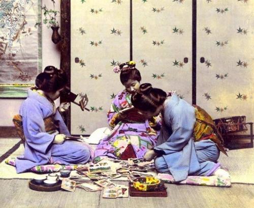 Japán Szalon – Monarchia, századforduló és japánimádat